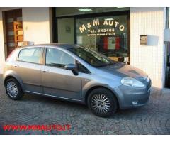 FIAT Grande Punto 1.4 Starjet 16V 5 porte Dynamic !!!