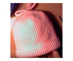 Cappellino neonato in cotone o lana fatto a mano ferri