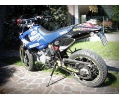 Motard Yamaha DTX 125