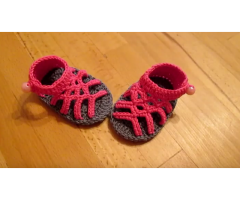 Scarpine neonato in cotone a mano