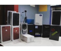 Apple iPhone 7 Rosso E Samsung S8 Originale Mai Usato