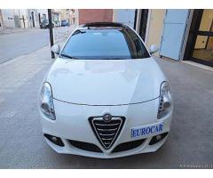 ALFA ROMEO Giulietta 2.0 JTDm (2) 140cv Distinctive