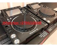 2x Pioneer CDJ-2000NXS2 +  1x DJM-900NXS2 mixer costo €1899