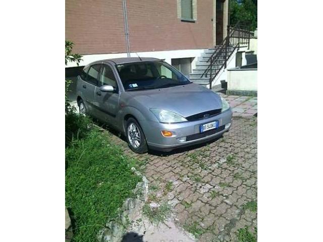 Vendo Ford Focus Ghia
