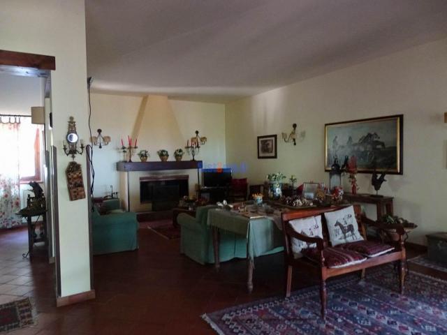 Hotel In Vendita a Castellana Sicula