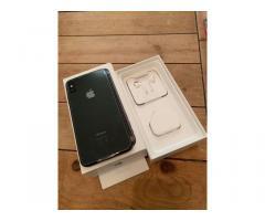 Apple iPhone Xs 64gb €410 iPhone Xs Max 64gb €440