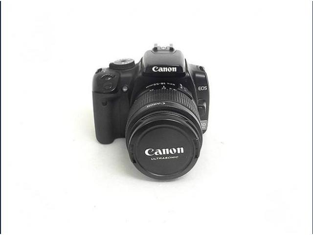Canon EOS 400D + 18-55 F3,5-5,6 III