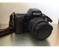 Fotocamera Nikon F90 + Obiettivo 24-70 mm Tamron