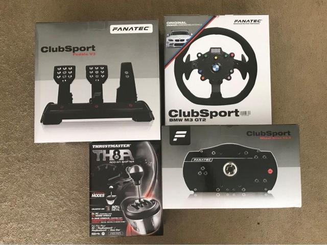 Fanatec ClubSport Wheel Base V2.5 BMW GT2 Set Completo Nuovo