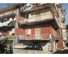 Salerno - Giovi - 3 vani (cod. 3243)