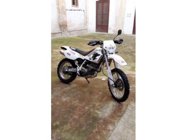 Yamaha TT 600 - 2001