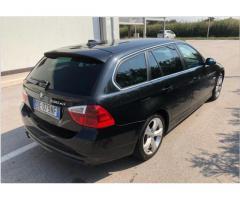 BMW 330-XD-4x4-2006