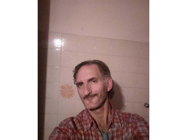 Uomo single 47 anni