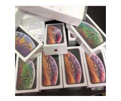 iPhone XS 64GB 380EUR iPhone XS Max 400EUR