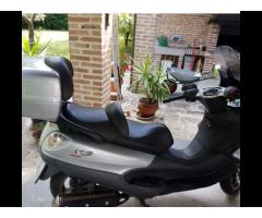 Scooter Piaggio X9 500
