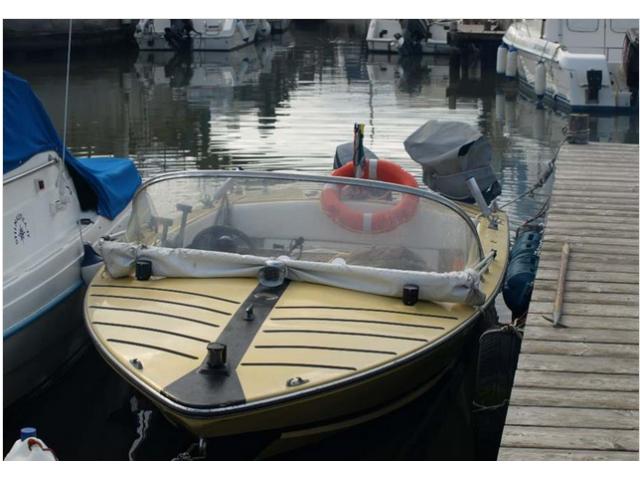 Barca velicolo