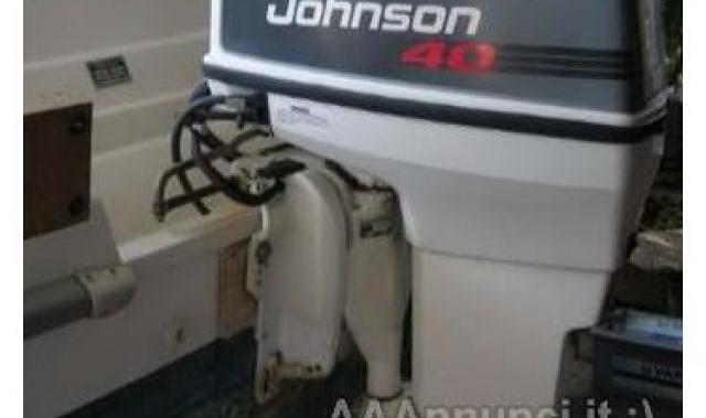 Johnson 40 cavalli 2 tempi motore barca