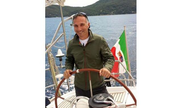 Skipper disponibile, barcha a vela, motoscafi, catamarano