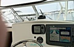 Boston Whaler 305 Conquest