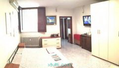 Bari-Via Calefati monovano c.ca 60 mq e cantinola
