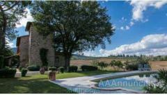 Vendesi a Sarteano-Siena casale ristrutturato con cura