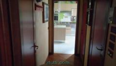 Vendesi a Chianciano appartamento di circa 250 mq con garage