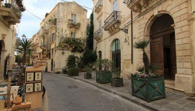 Via Roma Appartamento 3 vani piano 3