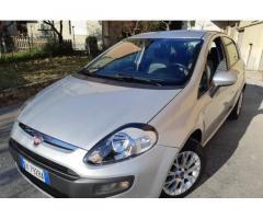 FIAT Punto EVO 1,3-CV 95-UNICO PROPRIETARIO