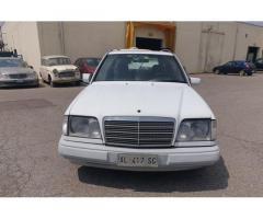 Mercedes W124 E250 TD - E 250 - W 124 1990