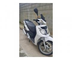 Scouter Outlook Keeway 150 DR