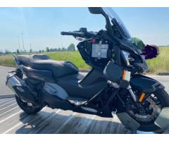 Compro moto incidentate maxi scooter T 3355609958