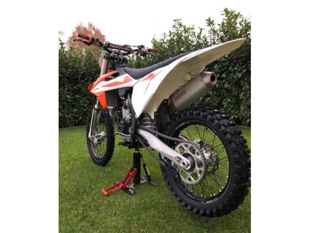 Ktm SXF 250 4 tempi moto cross