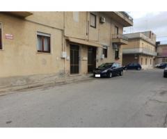 Castelvetrano appartamento 4 vani piano rialzato