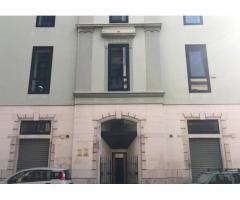 Bari via Amendola-Monovano uso investimento