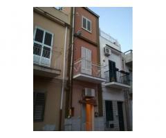 Casa indipendente Pozzallo zona piazza Rimembranze