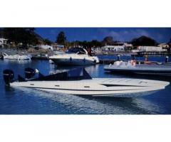 Offshore catamarano senza motori