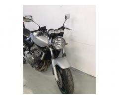 Honda hornet 600 cc Con revisione fino al 2022