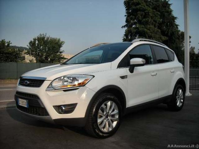 ford kuga 2 0 tdci titanium 4x4 163cv vicenza. Black Bedroom Furniture Sets. Home Design Ideas