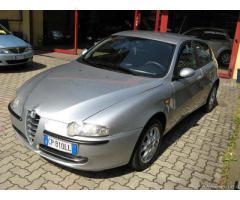 Alfa Romeo 147 1.6 5 porte ----GPL