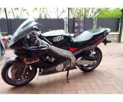 Yamaha FZR 600 - 1998