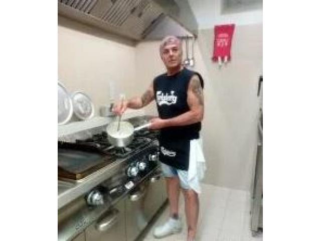 Pizzaiolo (forno a legna)-Chef di pesce