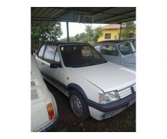 Peugeot 205 - 1990