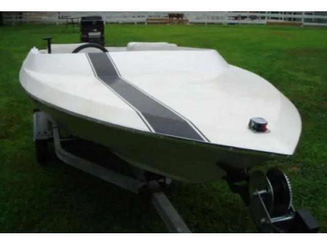 CERC0 motoscafo max 4,8 m
