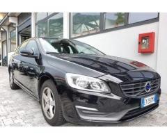 Volvo v60 summum d2 114 cv automatica
