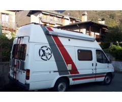 Camper furgonato