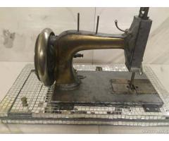 Macchina da cucire Rivisitata - Brescia