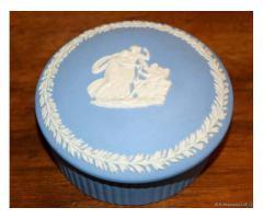 Scatola tonda ceramica Wedgwood. - Vicenza