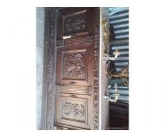 Mobili antichi e quadri al miglior offerente gr - Piemonte
