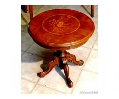 Tavolino intarsiato - Cuneo