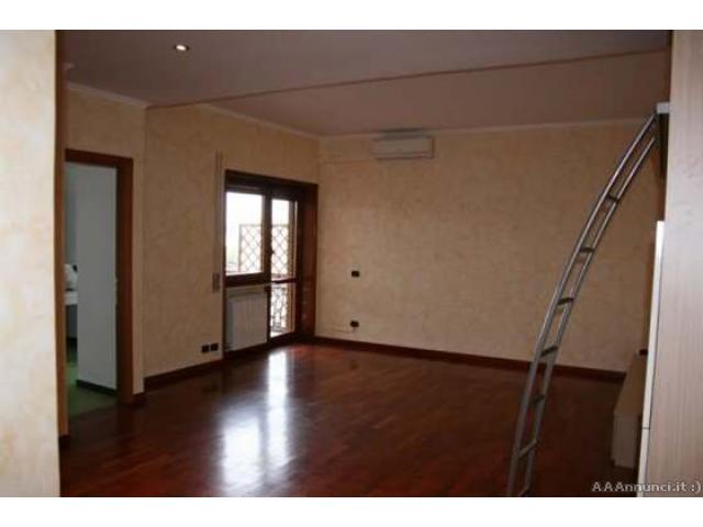 Appartamento in zona Ostia lido a Roma